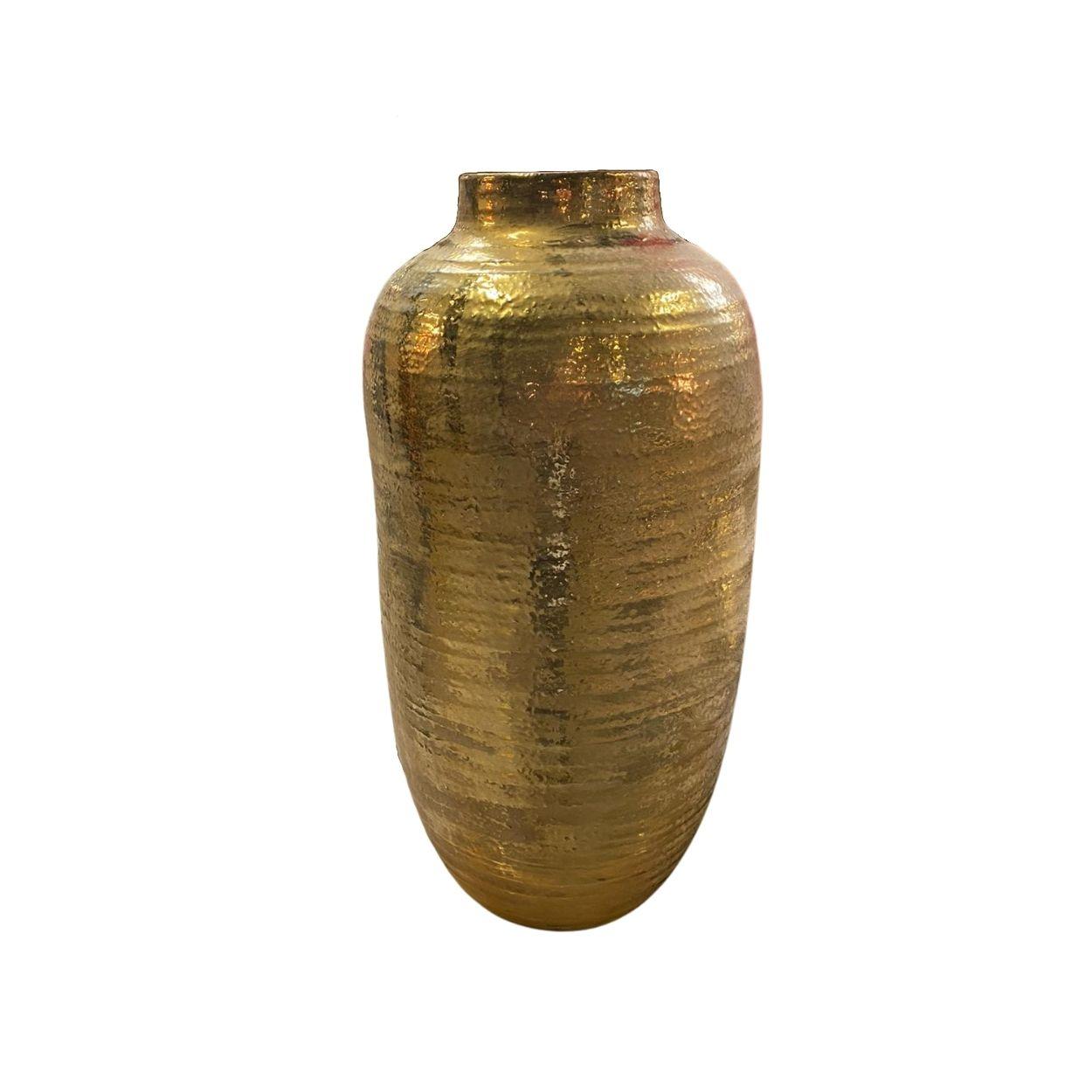 Gouden metalen pot